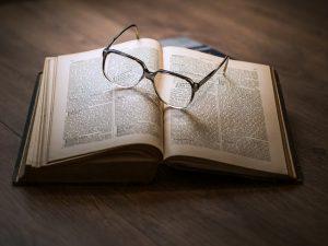 מחפשים מבט מרענן על החיים? קחו למשל את אחד הספרים מעוררי המחשבה האלה